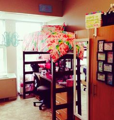 THIS WILL BE MY DORM ROOM!!