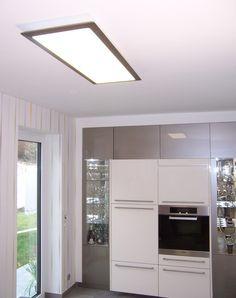 Zeitgemäße Küchenbeleuchtung mit einem vavé® LED-Panel 970370.