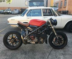 ducati monster 695 cafe racer motorbike madrid | cafe racer
