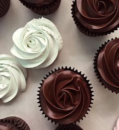 Manuela's Diner Episode 3, Chocolate Cupcakes with ganache | Passion 4 baking :::GET INSPIRED:::