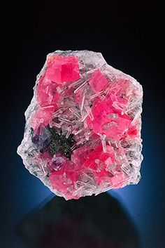 Rhodochrosite, Flourite and Quartz.