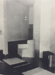 the architect and designer Eileen Gray.