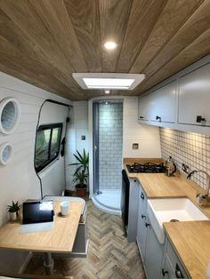 Van Conversion Interior, Camper Van Conversion Diy, Van Interior, Motorhome Interior, Kombi Home, Van Home, Van Living, Van Camping, Tent Camping Beds