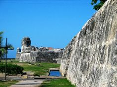 India, West Indies, Mount Rushmore, Cities, Coastal, America, Spaces, Mountains, World