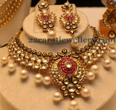 Jewellery Designs: Pear Shaped Polki Stones Latest Set