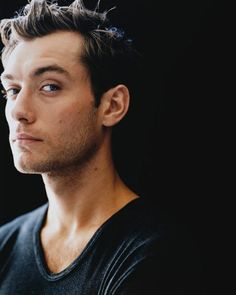 Jude Law THOSE EYES THO