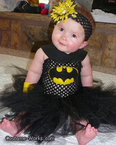 Bat-Baby DIY Costume - Ahhhhhhhhhhhhhhhhhhhh I need this for my niece!!!!!!!!