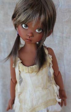 JpopDolls.net ≥::Dolls::Kaye Wiggs::Gracie::Gracie Human in coffee skin on MeiMei body