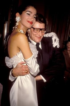 Yves Saint Laurent and a bride at the Miro Exhibition Pompidou Center Museum in Paris in January 2000. #YSL