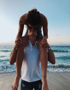Pin by nhi dao on oh my cute relationship goals, cute couples goals, relati Cute Couples Photos, Cute Couple Pictures, Cute Couples Goals, Couple Photos, Couple Ideas, Couple Stuff, Boyfriend Goals Relationships, Boyfriend Goals Teenagers, Relationship Goals Pictures