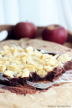 Chocolate apple cake with almonds ♥