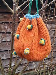 Ravelry: Dirigible Plums Bag pattern by Mrs Danvers