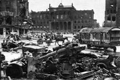 Destroyed in heavy fighting the German 88-mm artillery gun (8,8-cm anti-aircraft gun FlaK-18/36/37/41) on the ruined streets of Berlin – the capital of the defeated Nazi Third Reich.     Place: Berlin, Germany  Time taken: May 1945