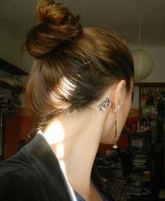 Cool Wolf Tattoo Idea Behind The Ear