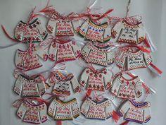Mirela Mohjazi Handmade Martisoare cusute in punct romanesc 8 Martie, Origami, Polymer Clay, Bridal Shower, Valentines, Christmas Ornaments, Cool Stuff, Holiday Decor, Blog