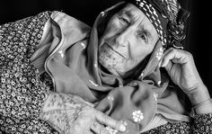 Women refugees from Syria - Haso Safi, 70 year old is from the village of Girik, near Kobanî, photos by Jodi Hilton