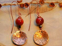 Hammered Copper and Agate Earrings by AllowingArtDesigns on Etsy, $18.00