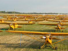 Piper J3 Cub, Piper Aircraft, Bush Pilot, Flying Drones, Air Space, Vintage Airplanes, Civil Aviation, Air Show, Wind Turbine