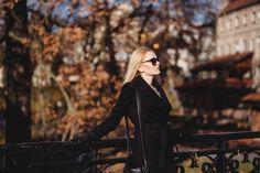 https://flic.kr/p/PKn1fi | Street style shoot in park | Get more free photos on freestocks.org