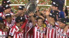 PSV sleept overtuigend kampioenschap in de wacht | NOS