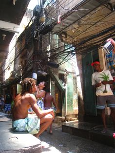 Really want to experience a favela