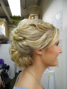 Great Bridal or Prom updo! (this is all of her own hair! Prom. Bridal. Formal. Wedding.  Hair is below the shoulder, and thick.