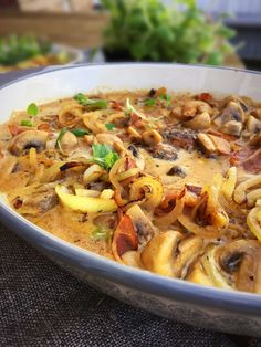tenderloin in a creamy sauce with bacon and fried onions - delicious low carb take on a traditional Danish dish! --> Pork tenderloin in a creamy sauce with bacon and fried onions - delicious low carb take on a traditional Danish dish! Food N, Food And Drink, Scandinavian Food, Danish Food, Cooking Recipes, Healthy Recipes, Side Dishes Easy, Food Inspiration, Love Food