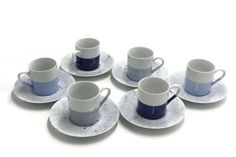 Tasses à café porcelaine fine trois tons de bleu Tableware, Blue Grey, Light Blue, Mugs, Porcelain, Dinnerware, Tablewares, Dishes, Place Settings