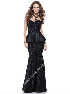 Shop for long prom dresses and formal evening gowns at Simply Dresses. Short casual graduation party dresses and long designer pageant gowns. Black Evening Dresses, Black Prom Dresses, Dressy Dresses, Cheap Prom Dresses, Homecoming Dresses, Evening Gowns, Strapless Dress Formal, Nice Dresses, Dress Prom
