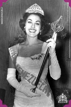 Consuelo Nouel. Miss Dtto. Capital 1957. Miss Venezuela 1957  Se coronó en 1957en el salón Naiguatá del Hotel Tamanaco de la ciudad de Caracas