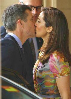 "amazing-royal-women: "" Happy 9th wedding anniversary, Frederik and Mary ! """