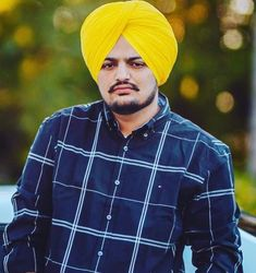 Shubhdeep Singh Sidhu (born 13 January better known as Sidhu Moose Wala, is an Indian singer, lyricist, rapper and actor associated with Punjabi music and Punjabi cinema. All Songs, Songs To Sing, New Album Song, New Images Hd, New Hd Pic, Punjabi Boys, Itunes Charts, Bollywood Music Videos