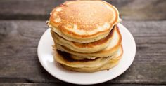 Recipes You Should Know by Heart Part Twofrom The English Kitchen--Scottish Pancakes I Love Food, Good Food, Yummy Food, Breakfast Snacks, Breakfast Recipes, Breakfast Pancakes, Desserts Sains, Menu Dieta, Snacks