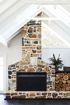 54 Rustic Farmhouse Fireplace Ideas For Your Living Room - Page 9 of 54 - Choti Decor Farmhouse Fireplace, Home Fireplace, Fireplace Design, Fireplace Ideas, Fireplace Stone, Exterior Wall Cladding, Stone Cladding, Cladding Ideas, Modern Farmhouse Style