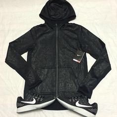 Nike hoodie women Size: S-M-L •All offers are welcome •Brand new •Authentic Nike Tops Sweatshirts & Hoodies