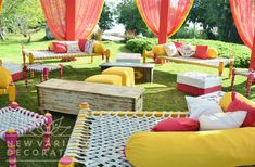Lol that this is a mehndi decor idea. this looks so sad. The cots remind me of the cots we used at my grandfather's house in Tenali. Mehandi outdoor deco idea # Indian wedding # creative decoration idea for Indian weddings Marriage Decoration, Outdoor Wedding Decorations, Flower Decorations, Outdoor Indian Wedding, Diy Outdoor Weddings, Indian Weddings, Cabana, Indian Theme, Mehndi Decor