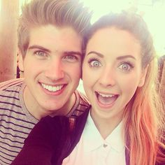 Zoe and Joey Graceffa at Playlist Live in Florida