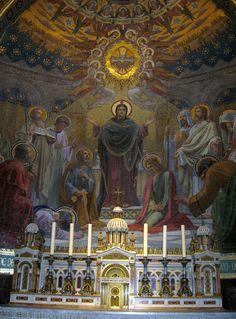 Lourdes- La Basilique Notre-Dame-du-Rosaire.