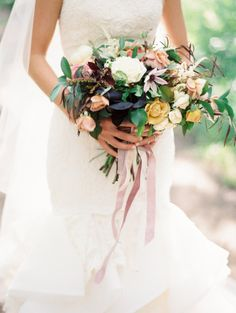 Pure prettiness: http://www.stylemepretty.com/2015/01/19/elegant-destination-vail-wedding/ | Photography: Sara Hasstedt - http://www.sarahasstedt.com/
