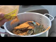 How to Steam Blue Crabs Maryland Style - YouTube