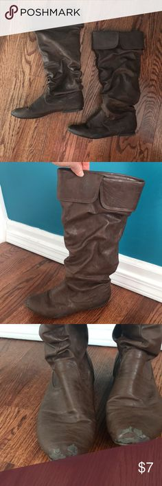 Women's boots Women's leather brown below the knee boots.  Flat foot(no heal). Shoes