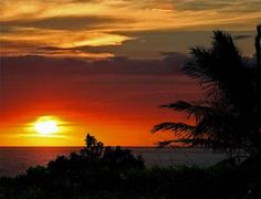 Hawaiian sunsets - beautiful.