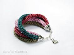 airali handmade -: Raggi di colore. knitted but doable in crochet