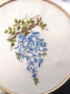 Wistaria (detail) - Embroidery 穿高跟鞋的树的微博_微博