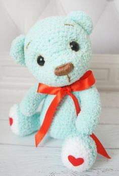 Crochet Art, Crochet Toys, Free Crochet, Amigurumi Doll Pattern, Color Menta, Handmade Stuffed Animals, Kids Toys, Hello Kitty, Teddy Bear
