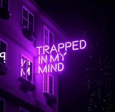grafika purple, neon, and aesthetic Dark Purple Aesthetic, Violet Aesthetic, Aesthetic Colors, Aesthetic Pictures, Aesthetic Writing, Aesthetic Quote, Music Aesthetic, Goth Aesthetic, Couple Aesthetic