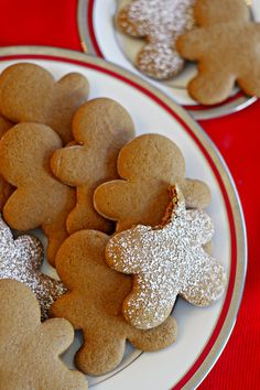 """Gingerbread Cookies Recipe This gingerbread cookies recipe is a classic. The combination of ginger and molasses has spiced and flavored desserts for centuries. Perhaps the most well know form of gingerbread is in the shape of a man. Have you heard of the Gingerbread Man? """"Run, run as fast as you can, you can't catch …"""