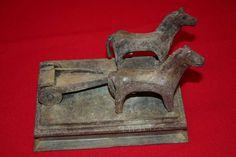 Caballos y Carro. Despeñaperros. Exvoto Ibérico. (19 x 13 x 15 cms)