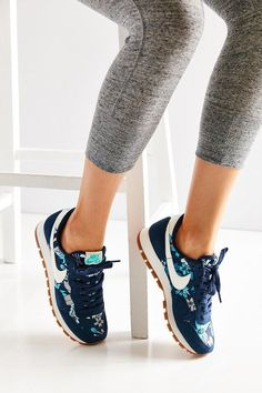 Sooooo Cool!!~~Super website for Men and Women Free Runs only $21 for gift,Press picture link get it immediately!