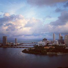 Rio, céu e mar.